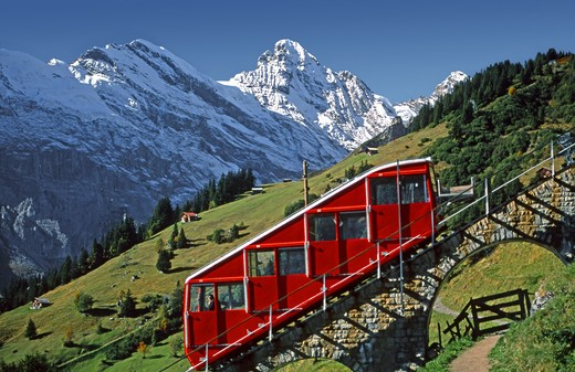 Stock Photo: 2109-601848 Tram on slanted tracks with the Gspaltenhorn in background, Allmendhubelbahn above Murren, Switzerland
