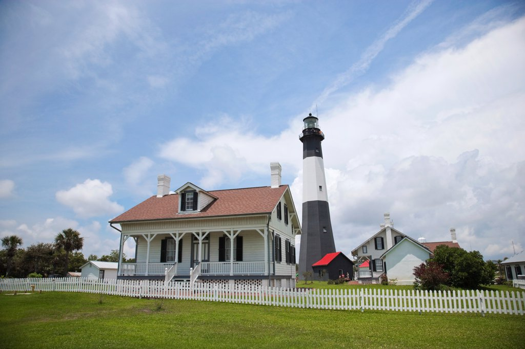 Stock Photo: 2117-588663 USA, Georgia, Savannah, Tybee Lighthouse outside