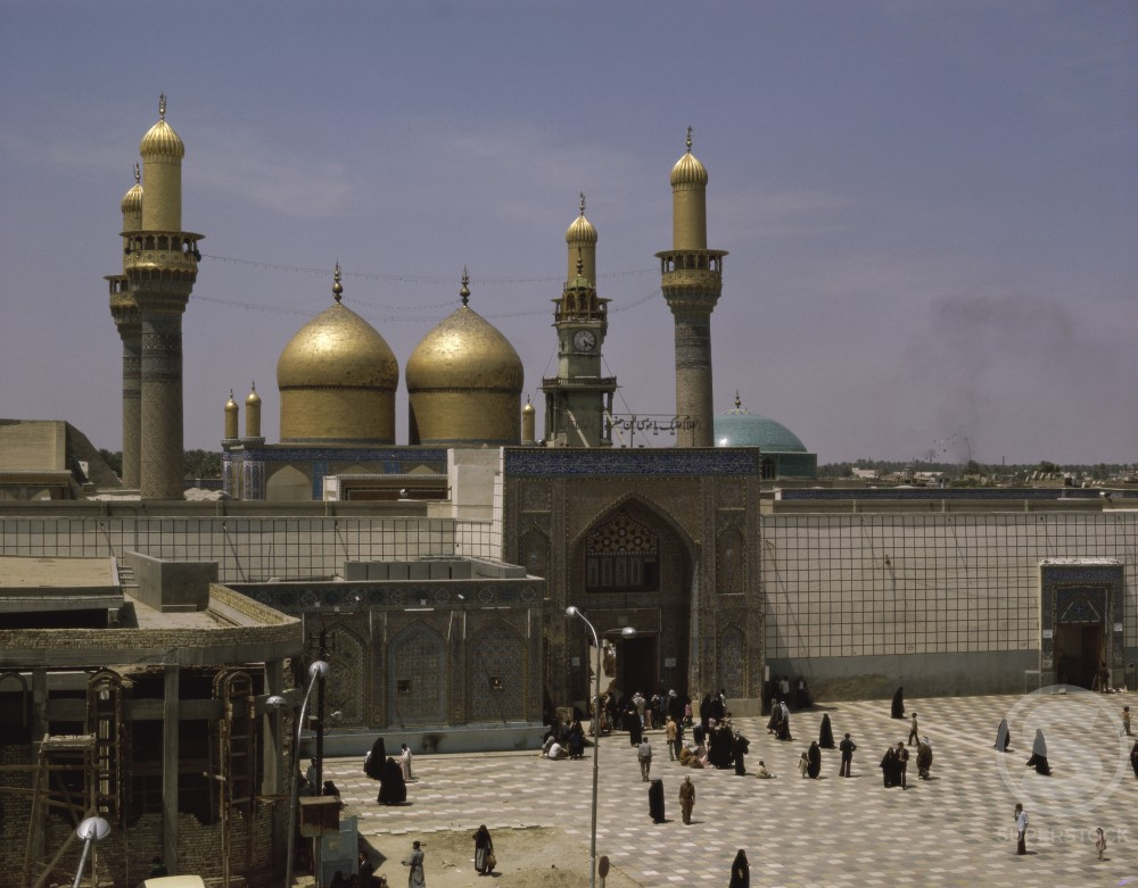 Stock Photo: 2120-501872 Al Kadhimain Mosque Baghdad Iraq
