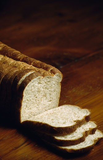Sliced whole wheat breads : Stock Photo