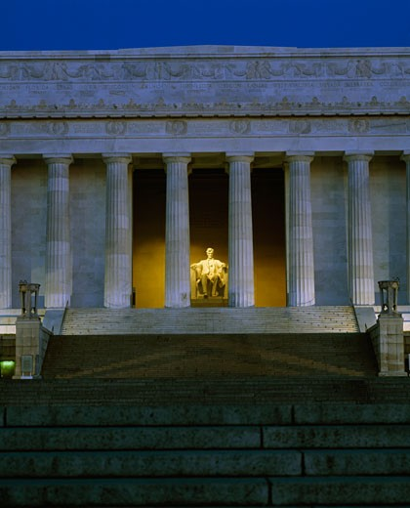 Stock Photo: 2191-205 Statue of Abraham Lincoln in a memorial, Lincoln Memorial, Washington DC, USA