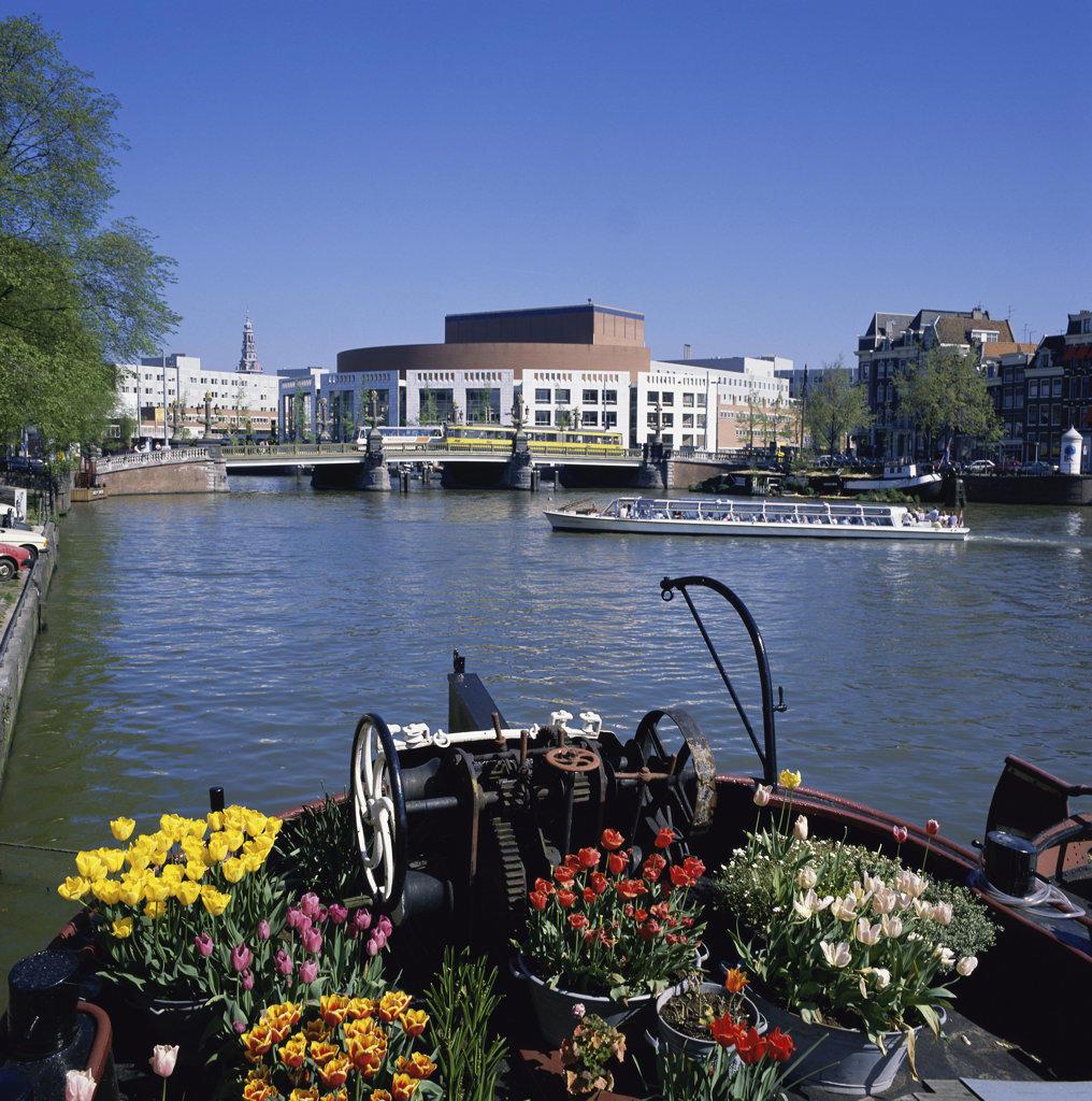 Amstel River New Opera House Buckingham Amsterdam Netherlands : Stock Photo