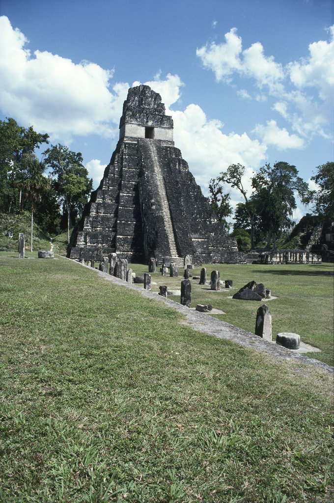 Stock Photo: 2507-223 Temple of the Great Jaguar Tikal (Mayan) Guatemala
