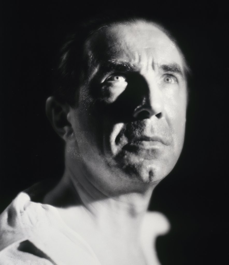 Stock Photo: 252-263 Bela Lugosi