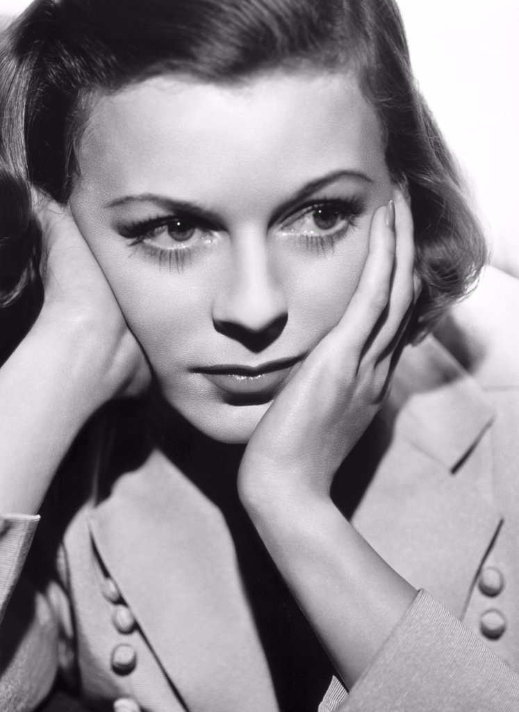 Stock Photo: 252-288 Margaret Sullavan 