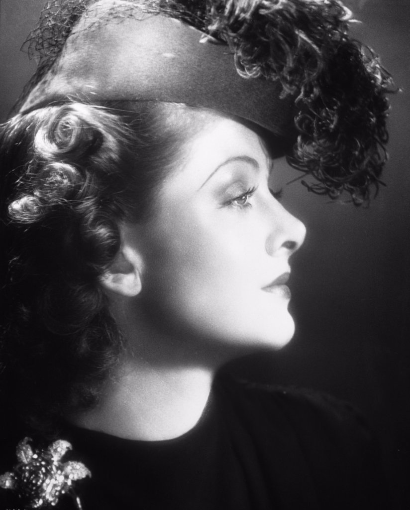 Stock Photo: 252-352 Myrna Loy 