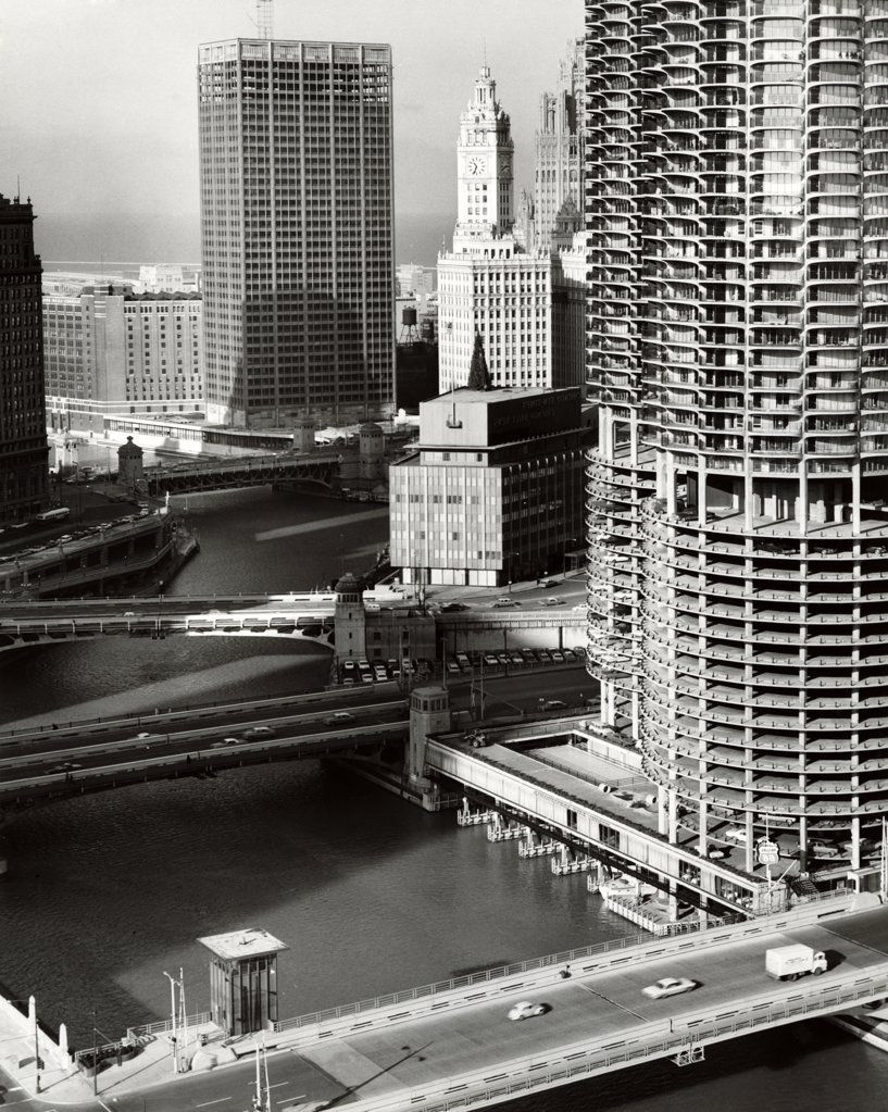 Stock Photo: 255-22249 Skyscrapers in a city, Chicago River, Chicago, Illinois, USA