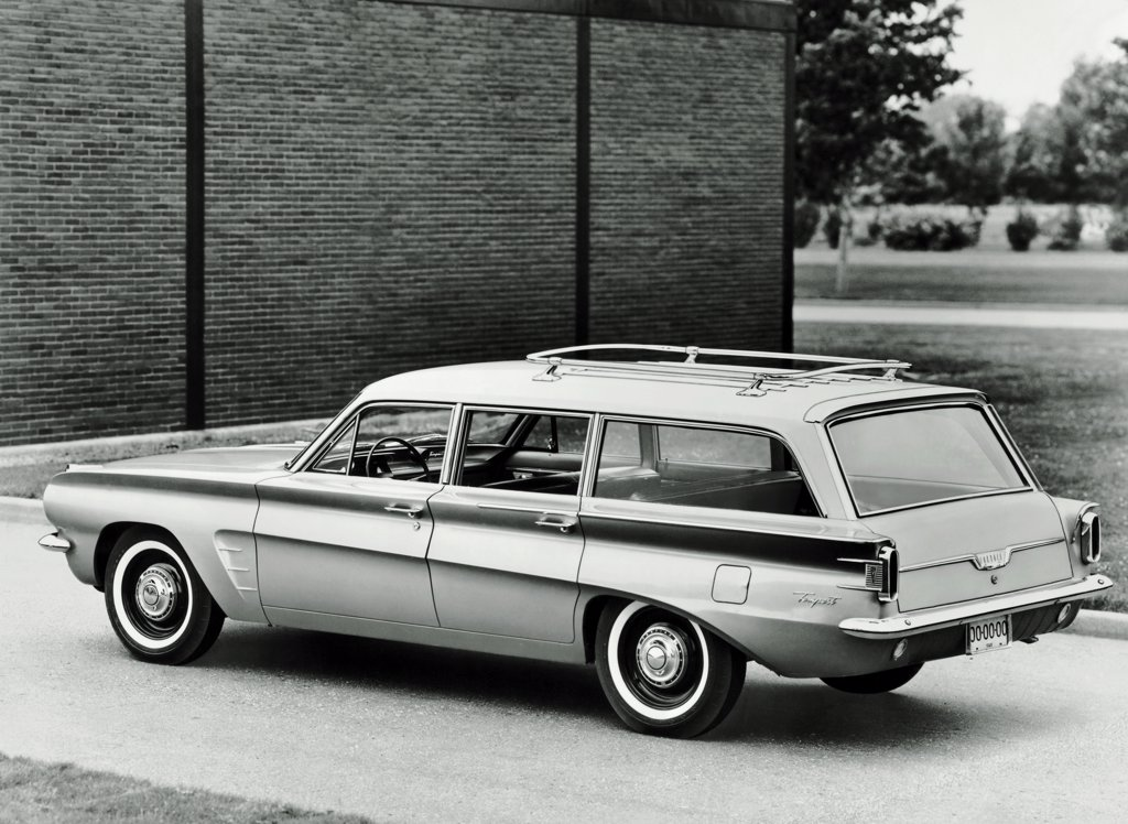 Stock Photo: 255-26557 Car parked in front of a wall, 1962 Tempest Safari