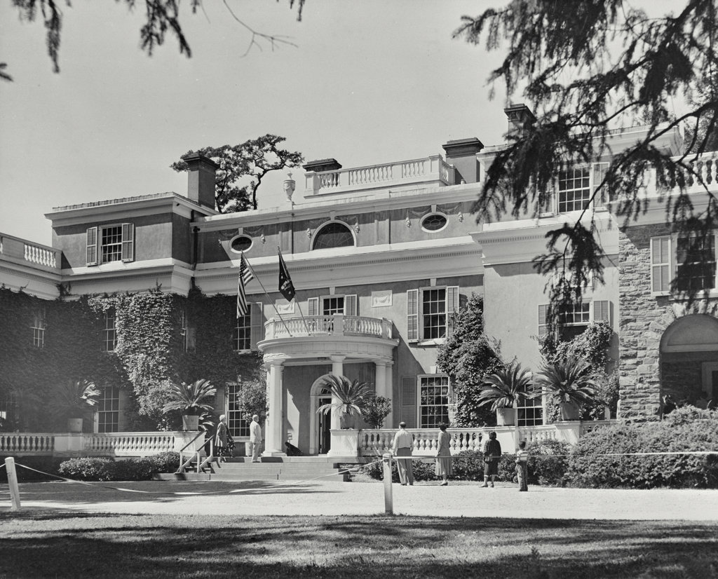 Facade of a house, Franklin Delano Roosevelt House, Roosevelt Estate, Hyde Park, New York State, USA : Stock Photo
