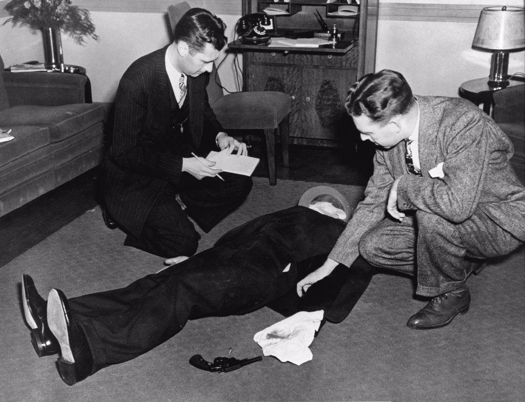 FBI detectives investigating a murder case during training : Stock Photo