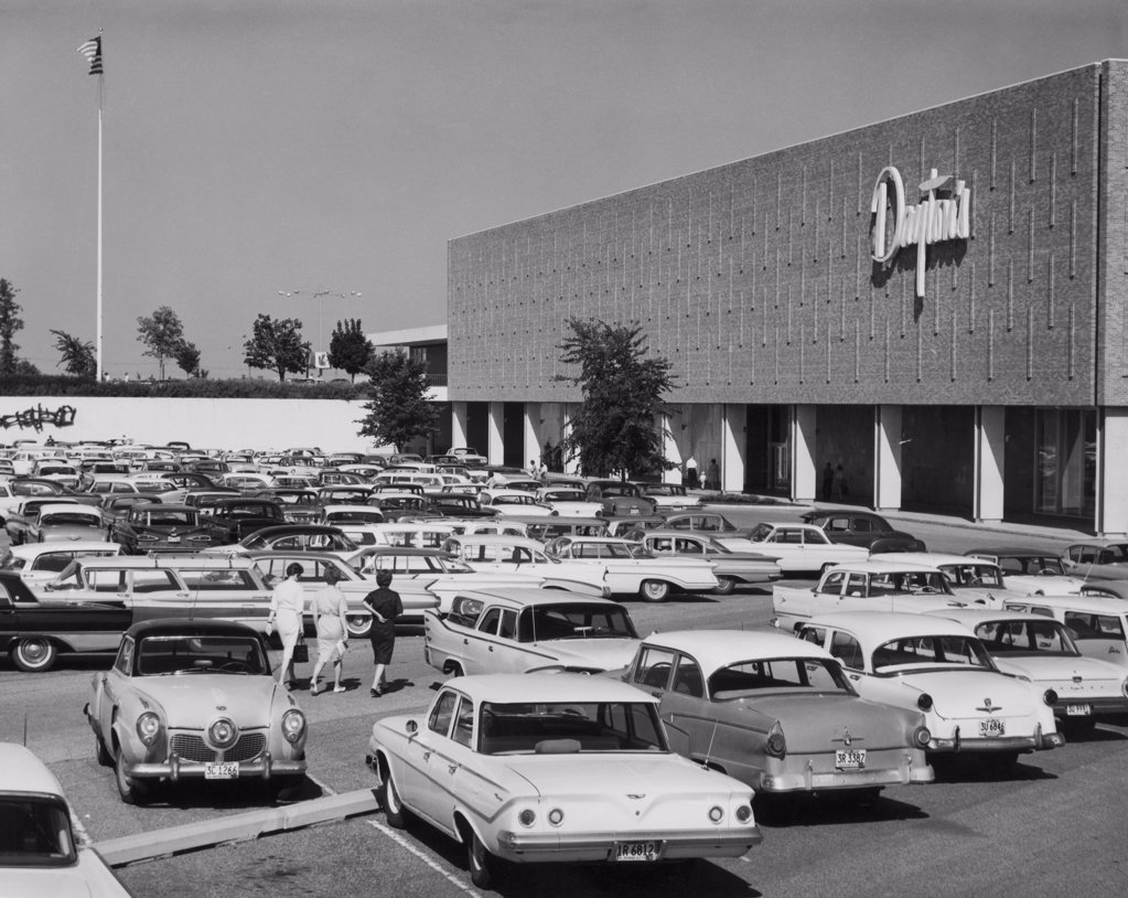 Cars in a parking lot of a commercial building, Edina, Minnesota, USA : Stock Photo