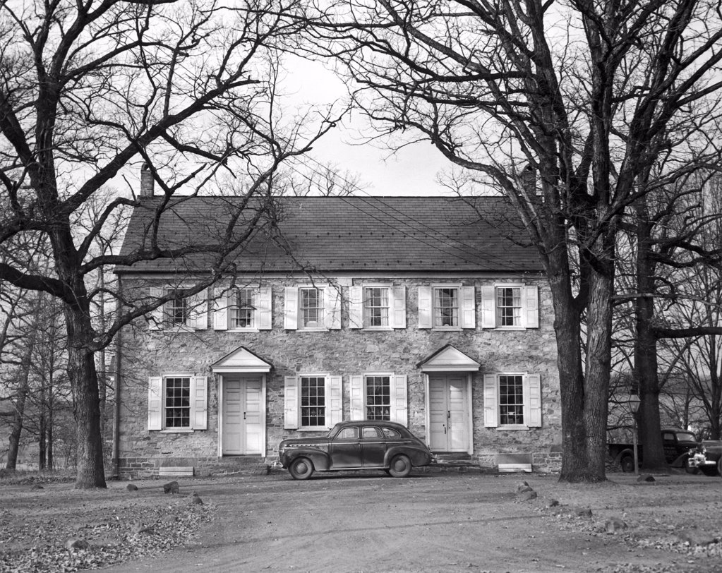 Stock Photo: 255-35690 Facade of a house, Quaker Meeting House, Pennsylvania, USA