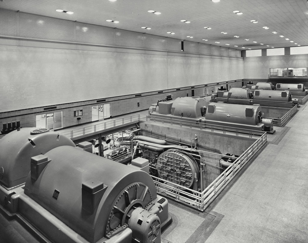 Stock Photo: 255-37739 Turbines in a room, Dayton Power and Light Company, Dayton, Ohio, USA