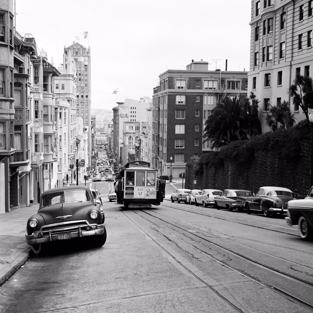 USA, California, San Francisco, cable car on street : Stock Photo