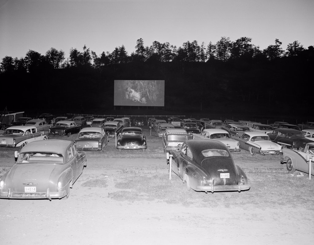 Stock Photo: 255-418213 Drive in movie