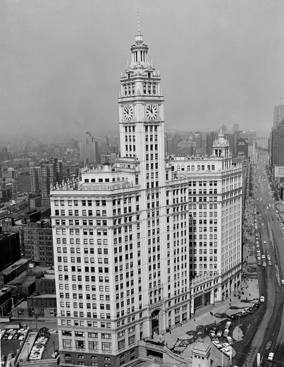 Stock Photo: 255-418939 USA, Illinois, Chicago, Wrigley building