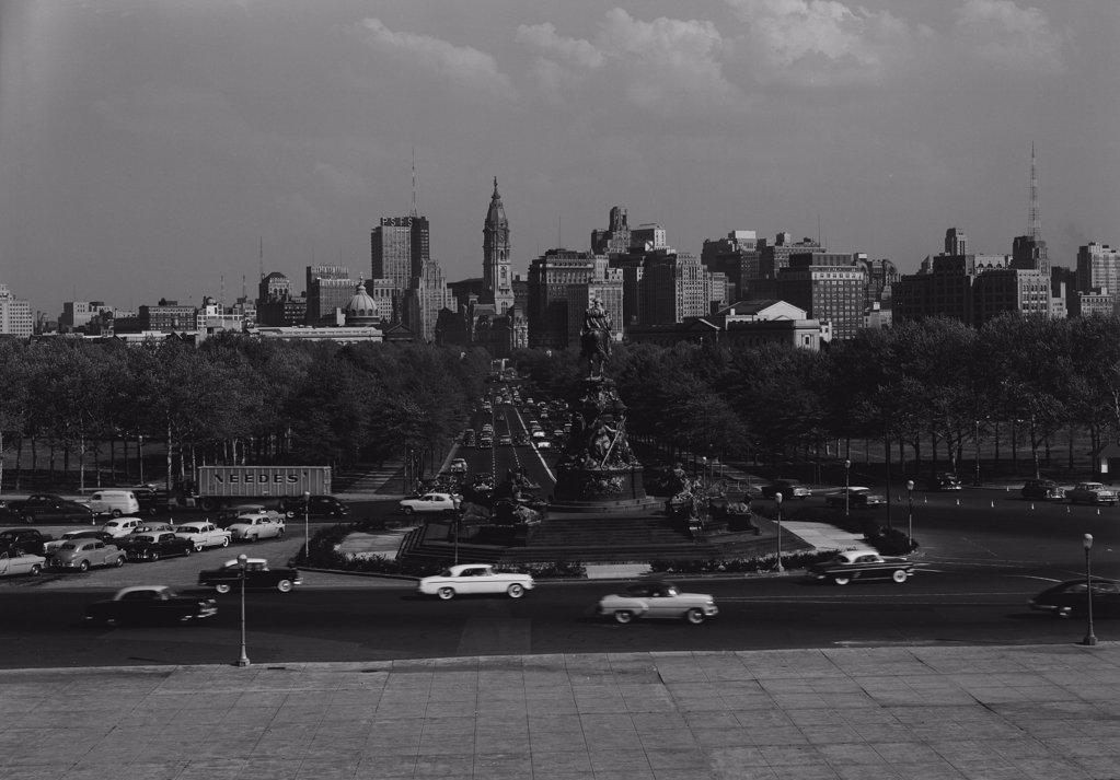 USA, Pennsylvania, Philadelphia, Skyline from Philadelphia Art Museum : Stock Photo
