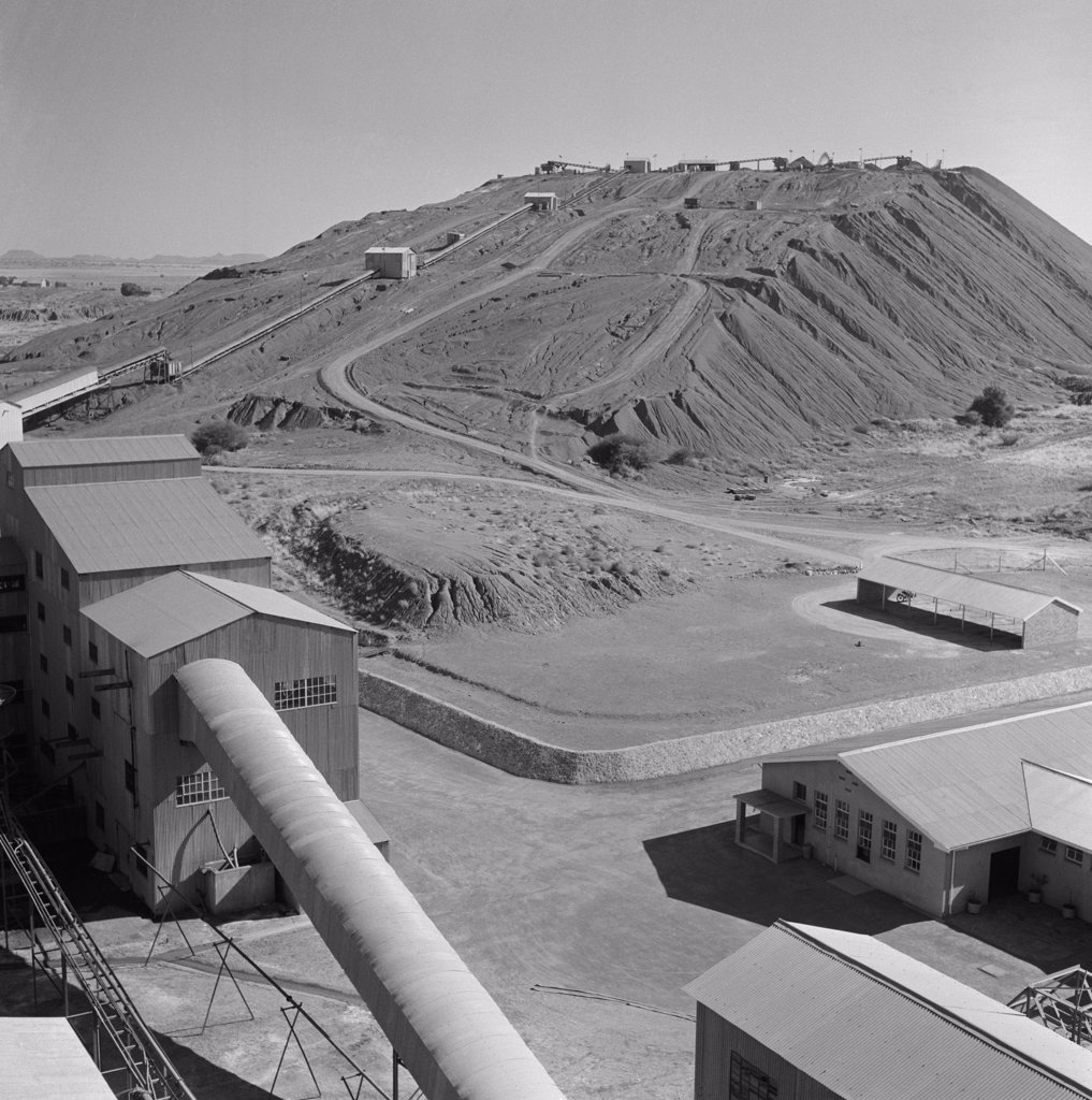 South Africa, Kimberley, De Beers Diamond Mines, tailings dump : Stock Photo