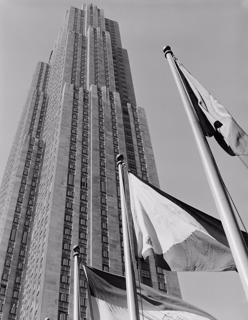 Stock Photo: 255-422593 USA, New York City, Manhattan, Rockefeller Center, low angle view
