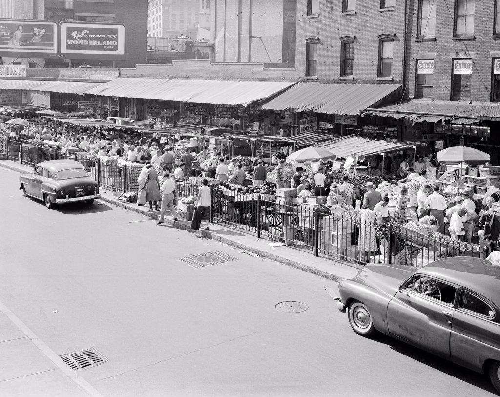 Stock Photo: 255-423705 USA, Massachusetts, Boston, Street scene