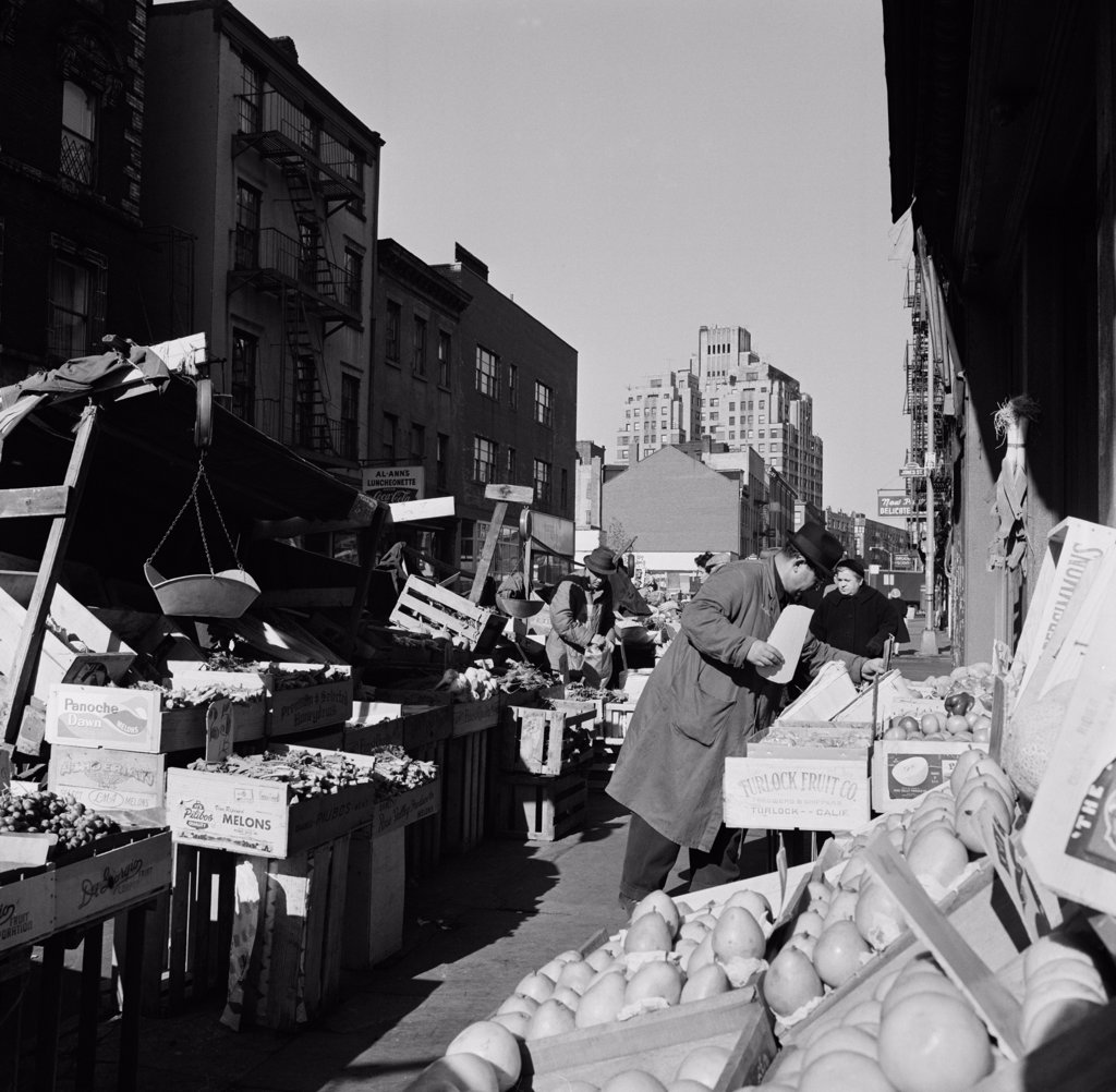 Stock Photo: 255-424204 USA, New York State, New York City, Bleeker Street market