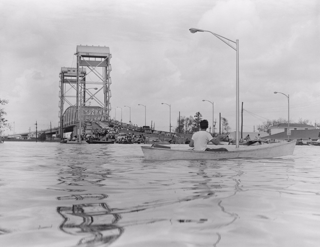 Stock Photo: 255-424853 USA, Louisiana, New Orleans, Floods during hurricane Betsy