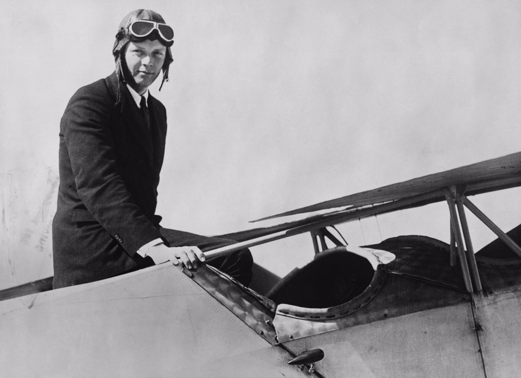 a history of charles lindbergh the american aviator