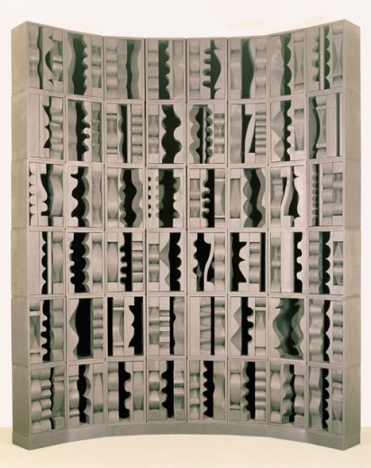 Abstract sculpture by Louise Nevelson, 1899-1988 : Stock Photo