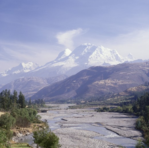 Stock Photo: 2813-563502 Panoramic view of snowcapped mountains, Peru