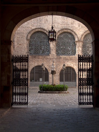 Entrance gate of palace, Archbishop's Palace, Barri Gotic, Barcelona, Catalonia, Spain : Stock Photo
