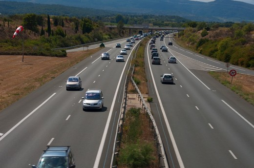 High angle view of traffic on a highway, Aude, Languedoc-Rousillon, France : Stock Photo