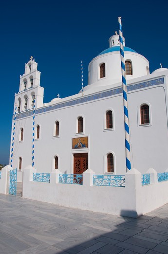 Stock Photo: 3138-537017 Facade of a church, Church Of Panagia Of Platsani, Caldera Square, Oia, Santorini, Cyclades Islands, Greece