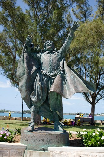 Stock Photo: 3138-537104 Bermuda, St.George, Statue of Sir George Somers
