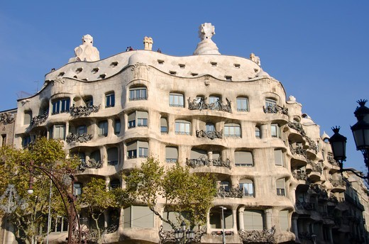 Stock Photo: 3138-537389 Facade of a building, Casa Mila, Barcelona, Catalonia, Spain