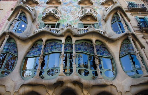 Stock Photo: 3138-537395 Low angle view of a building, Casa Batllo, Passeig de Gracia, Barcelona, Catalonia, Spain