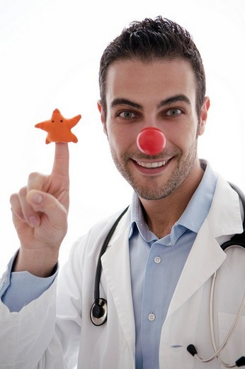 Stock Photo: 3153-577793 doctor, clown care