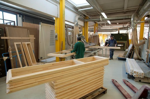 falegnameria guerinoni, specializzata nella costruzione di serramenti a risparmio energetico, villa d´almè, lombardia, italia : Stock Photo
