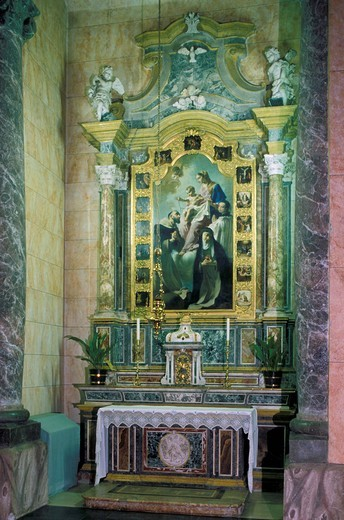 Stock Photo: 3153-585957 left altar, pradalunga, italy