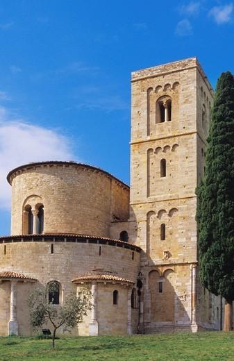 Stock Photo: 3153-591958 europe, italy, tuscany, montalcino, sant´antimo abbey