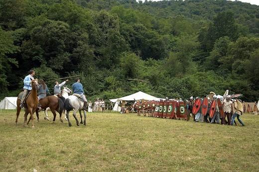 battaglia tra guerrieri celtici e soldati romani, celtic days, ome, franciacorta : Stock Photo