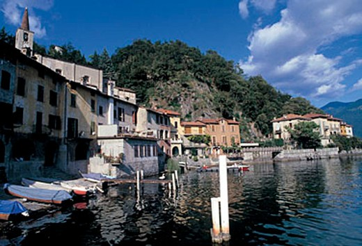 Stock Photo: 3153-594228 italy, lombardia, san mamete, foreshortening of the town on lugano lake