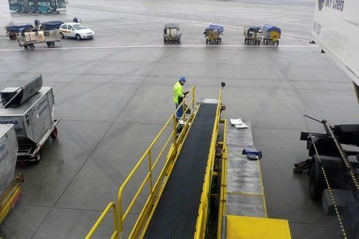frankfurt_hahn airport, germany, italy : Stock Photo