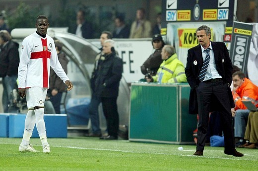 mario balotelli and josè mourinho, milano 2009, serie a football champiosnhip 2008_2009, inter_fiorentina : Stock Photo