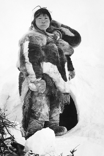 north pole, eskimo woman and son, about 1950 : Stock Photo