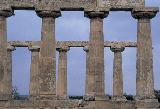 italy, basilicata, metaponto, ruins of a temple : Stock Photo