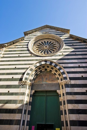 Stock Photo: 3153-604242 san giovanni battista church, monterosso, liguria, italy