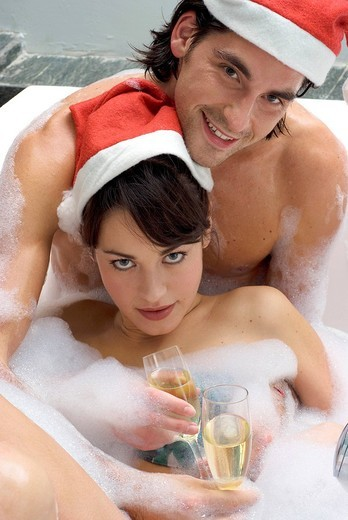 Stock Photo: 3153-605668 couple, bath