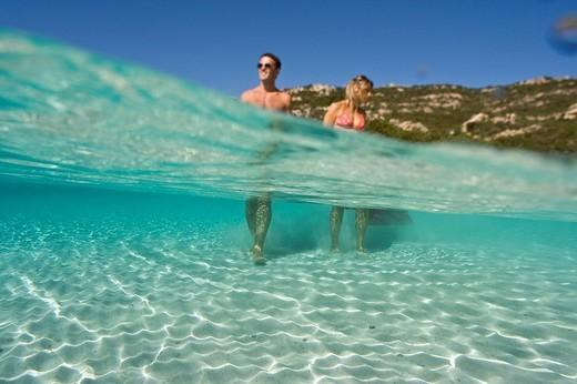 italy, sardegna, isola della maddalena, couple : Stock Photo