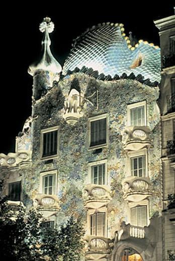 spain, barcelona, paseig de gracia, casa batilo, antoni gaudì : Stock Photo