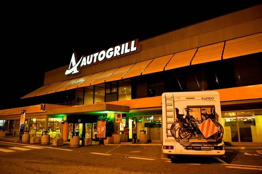 autogrill in autostrada : Stock Photo